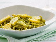 Рецепта Спагети дженовезе с картофи, зелен боб и сос Песто